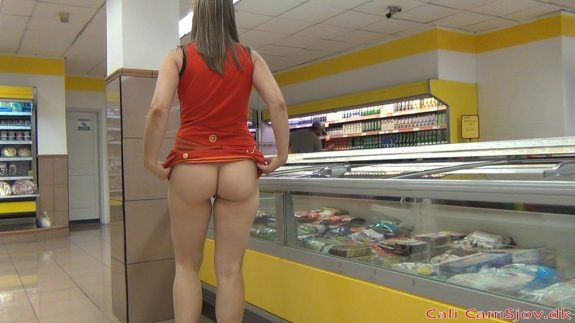 nøgen i supermarkedet